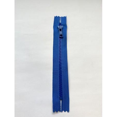 Fermeture à glissière injectée standard maille 6 bleue 17 cm