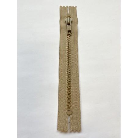 Fermeture à glissière injectée standard maille 6 sable 17 cm