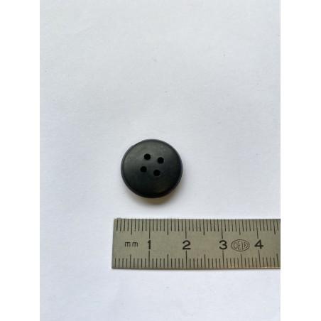 Bouton caoutchouc noir 4 trous 17 mm